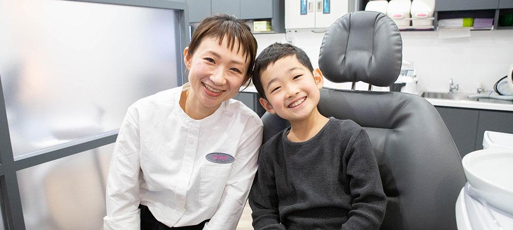 子どものすきっ歯の矯正治療